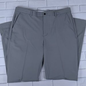 Greg Norman Size 38 X 34 Golf Pants Stretch Gray